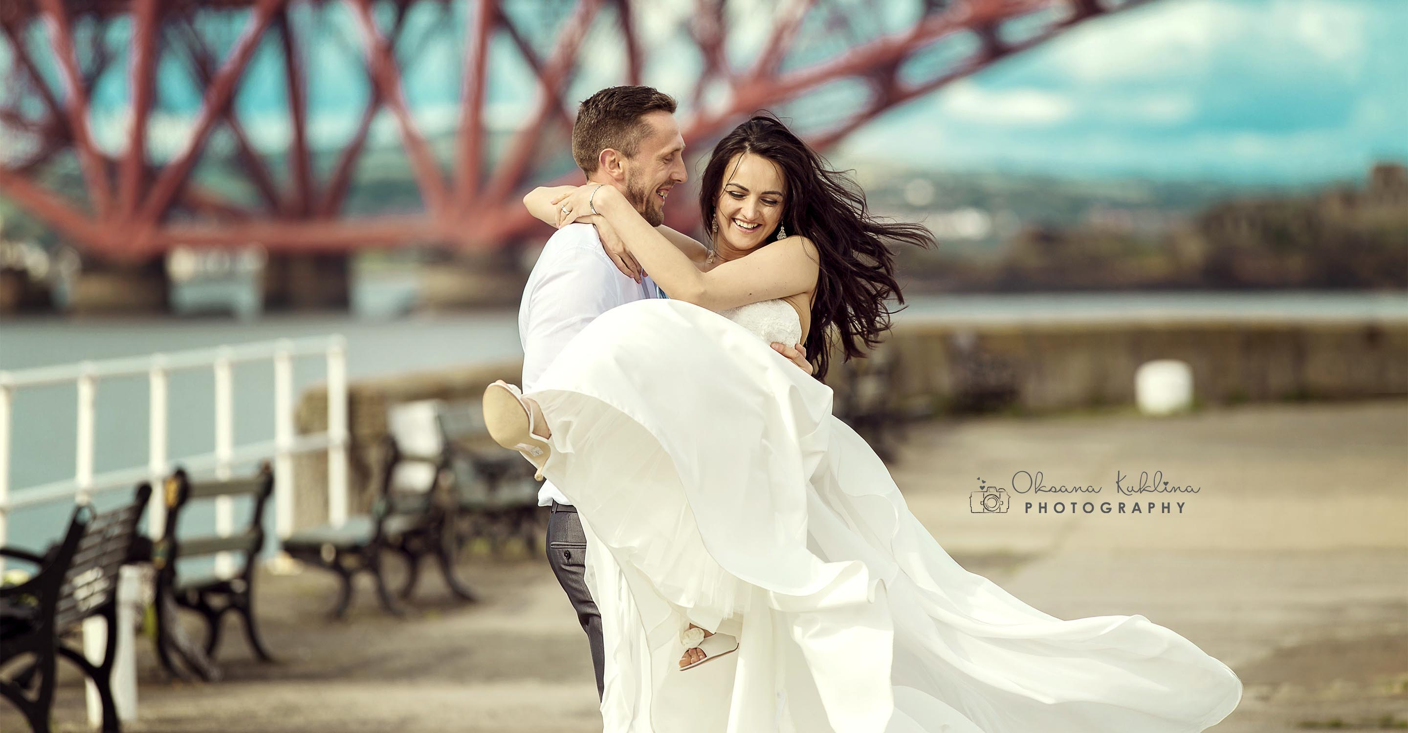 South Queensferry Wedding Photographer - Edinburgh Wedding Photography - The Forth Bridge Wedding - Scotland adventure - Adventurous couple - Couple Photo